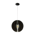 Lampy z drewnem wiszące